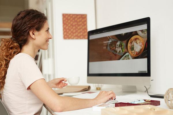 female website designer for business