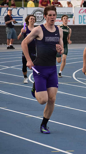 Spahr running a track event