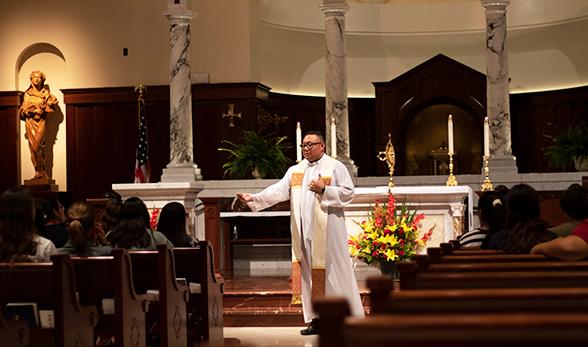 Vigil Mass for Fall 2020 New Admits