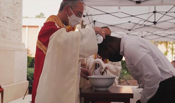 WATCH | Catholic Trojan RCIA Mass