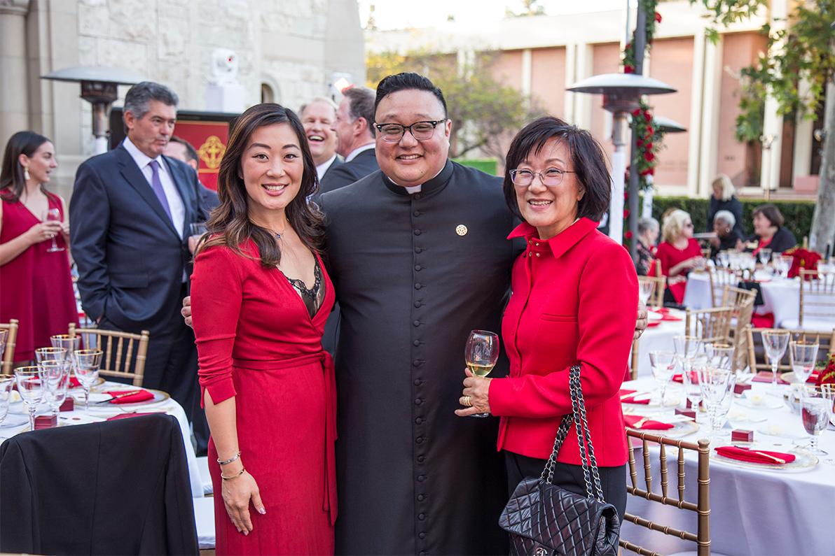 Trojan Saint Award dinner attendees