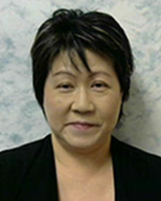 Ms. Kiyomi Hollingsworth