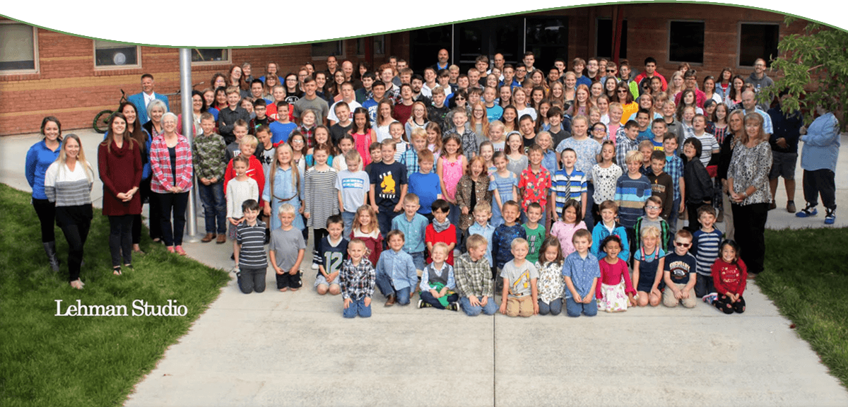 2019-2020 students and staff group photo