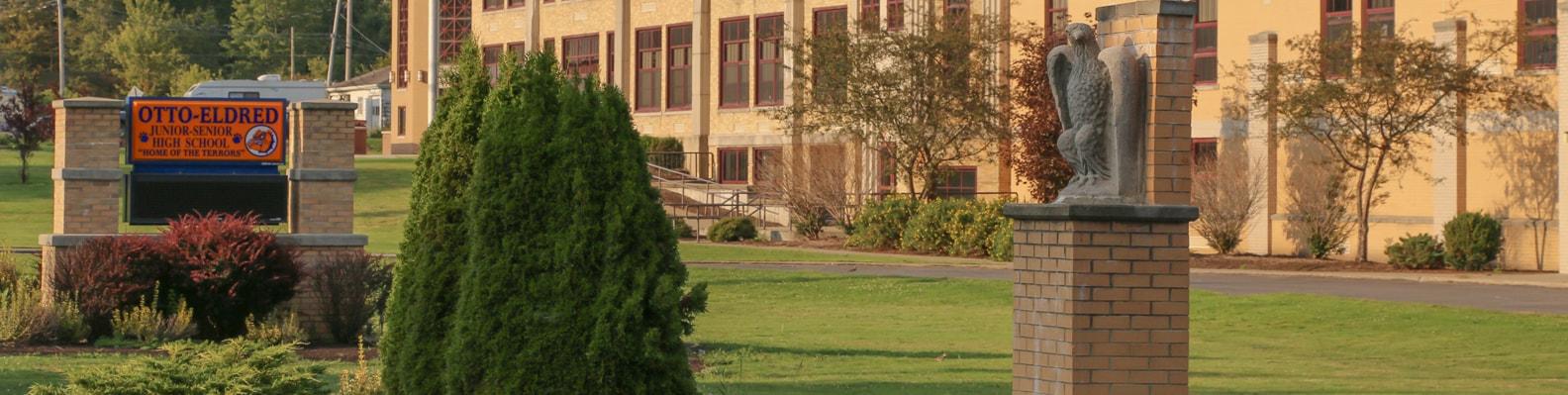 HS School