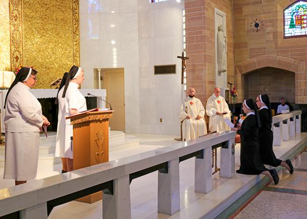 Sr. Catherine Ann and Sr. Allison Lorraine renew their vows