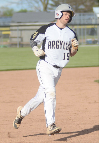 Madison-Grant's Mason Richards trots to third base after slugging a 2-run homer as part of an 11-run fourth inning in the Argylls' 16-1 win over Blackford on Tuesday.