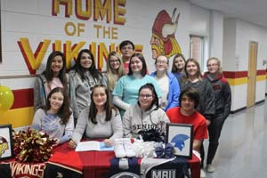 Makensie Rawlins with a group