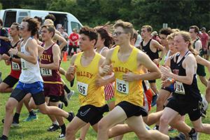 Boy runners in race