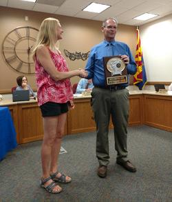 Michelle Davies receiving sportsmanship award