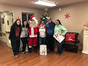 student council students at local nursing home
