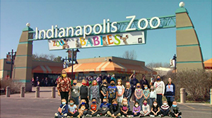 Photoshopped image first grade class in front of Indianapolis Zoo