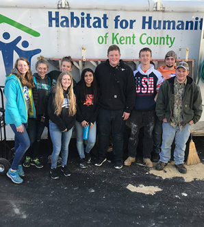 students that worked for Habitat for Humanity