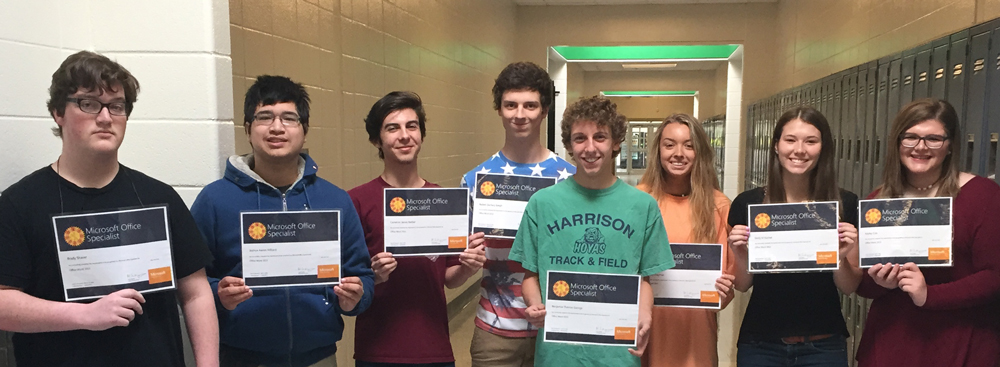 CTAE students pose with certificates