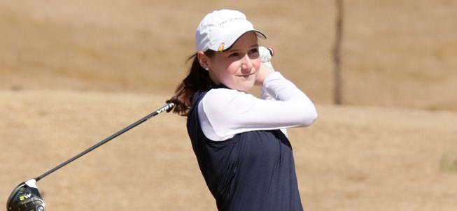 Girls Golf player