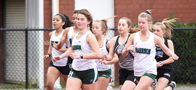 Track team running