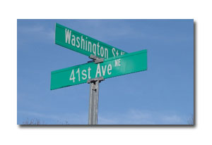 Street signs for Washington St. and 41st Ave.