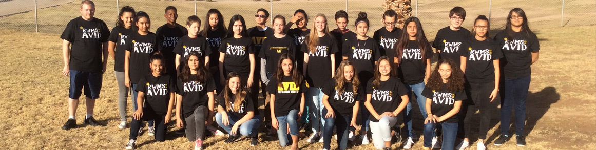 Students wearing AVID T-shirts