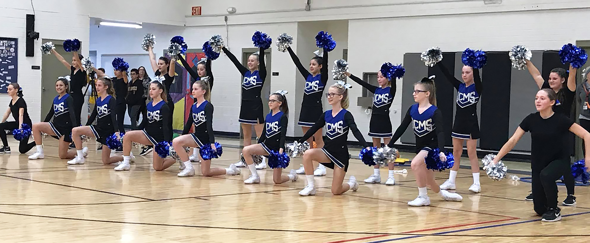 Queen Creek Middle School Wildcats students.