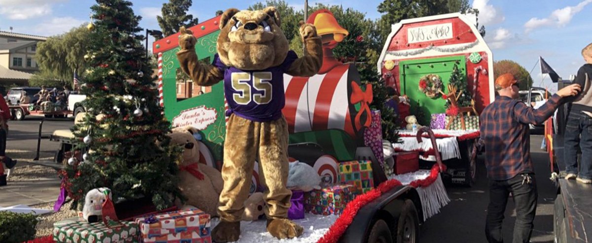 CTE Christmas 2018 Parade Float
